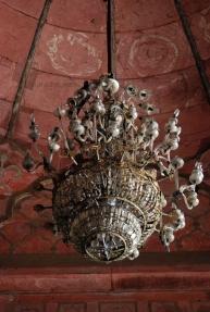 Pigeon chandelier at Jama Masjid, Delhi