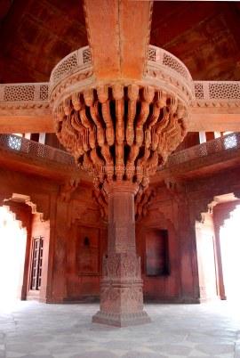 Elephant pillar, Bharatpur