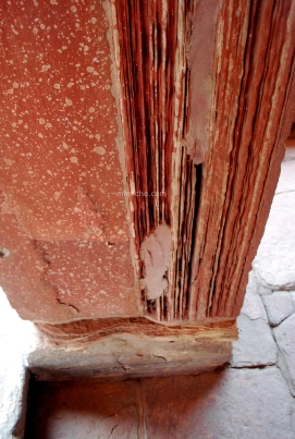 Crumbling column, Bharatpur