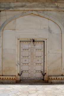 Doors of Agra Fort 2