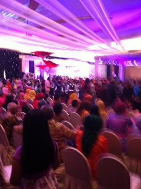 4000 guests